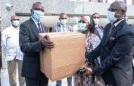 Covid-19 en Côte d'Ivoire: près de 300 000 masques remis aux transporteurs